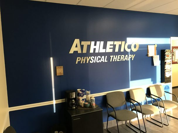 physical therapy brentwood