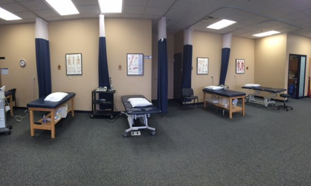 physical therapy clinic urbandale