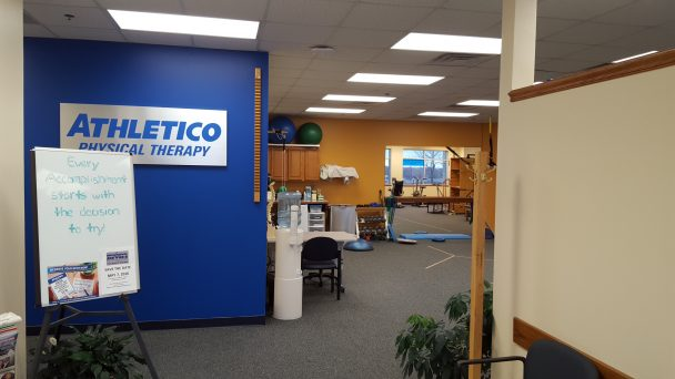 physical therapy clinic norwalk
