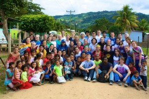 Group Photo Honduras with Kids