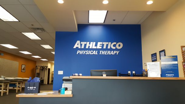 physical therapy clinic lake st louis - Athletico
