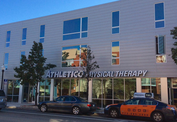 physical therapy rogers park loyola chicago IL
