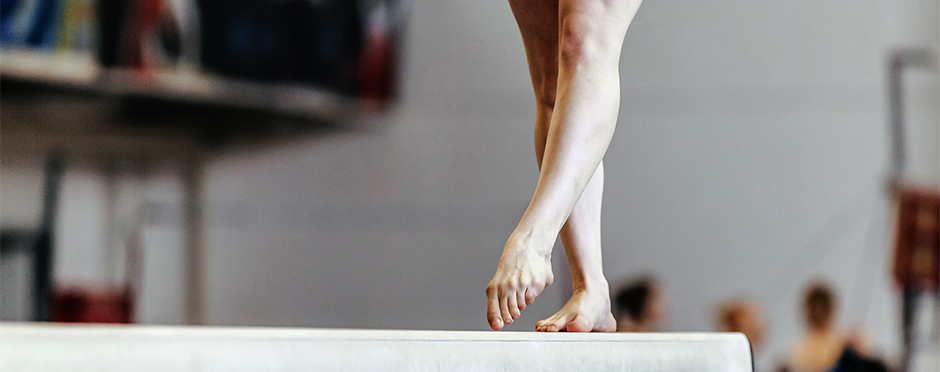 knee injury prevention gymnasts