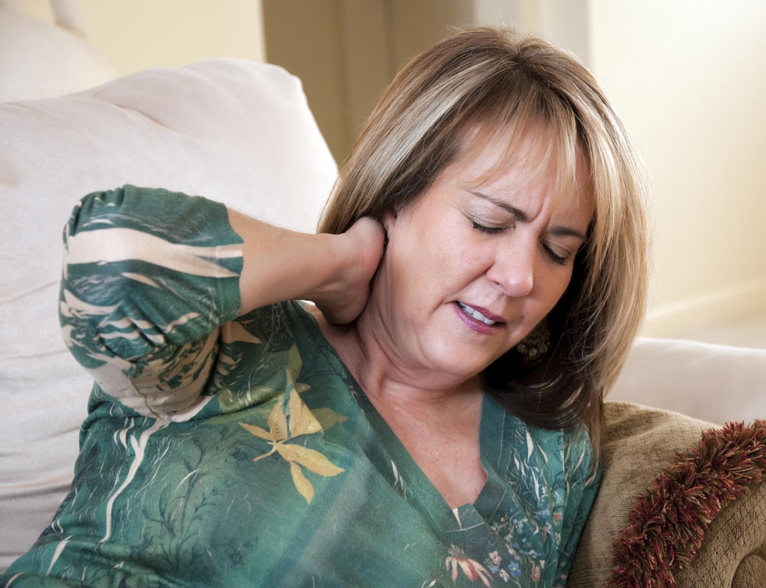 How To Alleviate Whiplash Symptoms Athletico