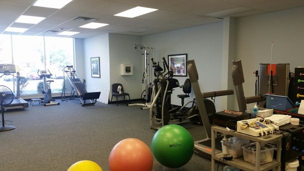 physical therapists crestwood