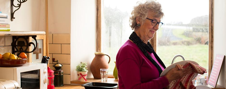 3 ways to avoid overuse injuries in the kitchen