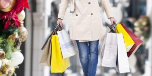4 Tips to Stay Healthy While Holiday Shopping