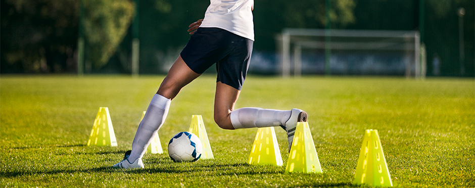 Considerations for Returning to Soccer after ACL Surgery - Athletico