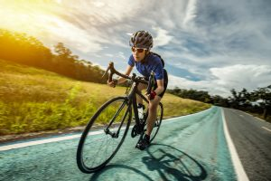 preventing cycling hand and arm injuries