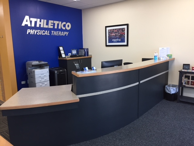 physical therapy lakewood lake in the hills IL