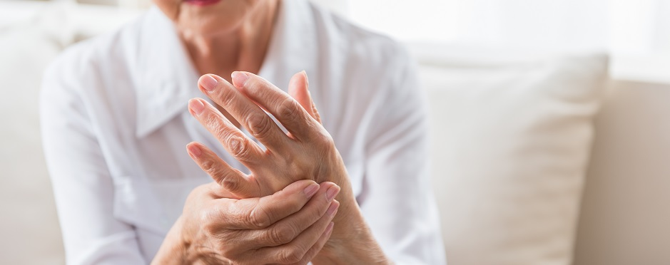living with arthritis healthy hand tips